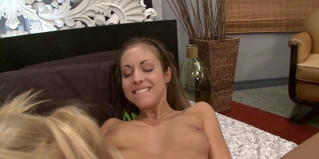 Isabella has a double edged dildo drill her hole fiercely