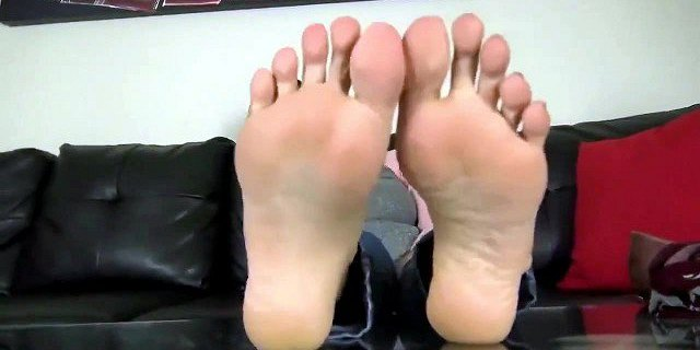 Milf smells her shoes, socks and feet after long day