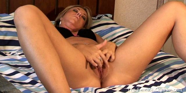 Small Breasted Elle MacQueen uses Fingers and More to Orgasm