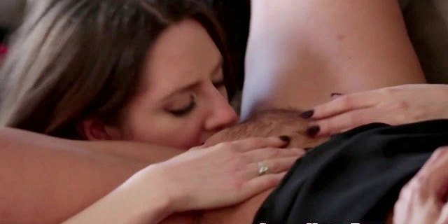 Lesbian cougar pussylicked before scissoring