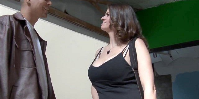 Real Estate Agent Closes Deal With Her Big Titties