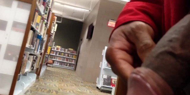 Dickflash in the library