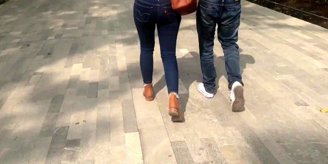 Tight ass in jeans, culo muy rico