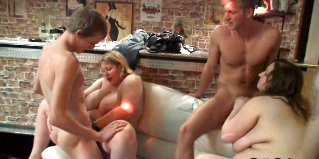 Biggest tits blonde spreads legs for skinny lad