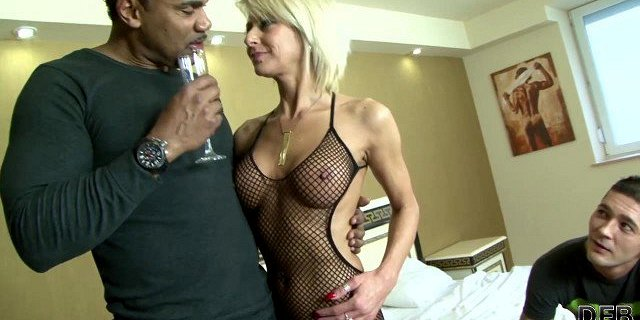 Mature blonde wife cheating on husband with black man dick