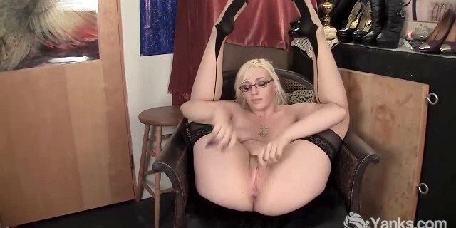 Sweet Dominatrix Jerk Off Cum and Castrates by Dragomys