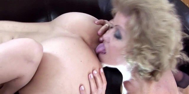 Most brutal lesbian sex with pissing