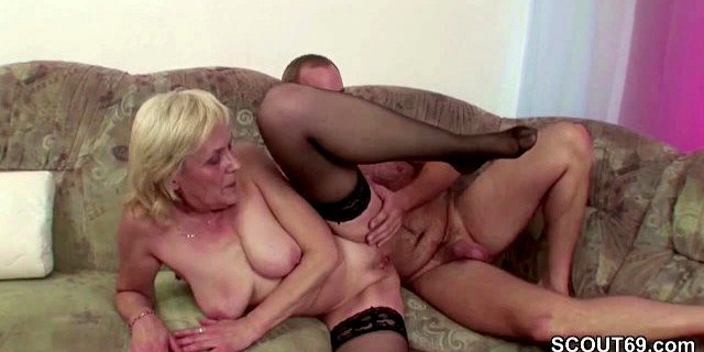Young Boy Seduce Granny in Stockings to Fuck and Facial