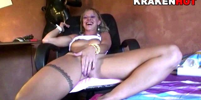 Funny casting with hot girl and sweet blowjob
