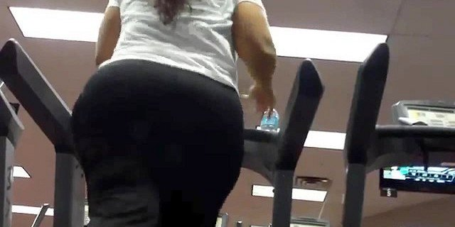 Rethickulous candid ass