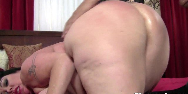 Thick SSBBW sucking and fucking in closeup