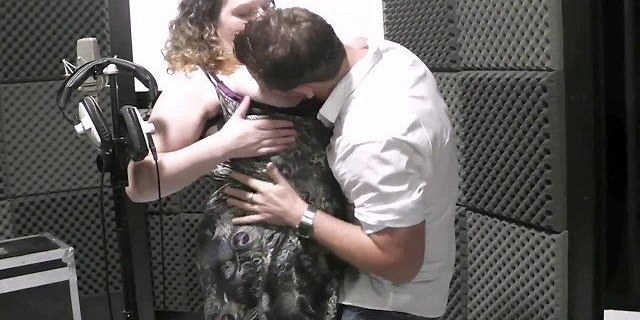 BBW singer takes his cock from behind at work