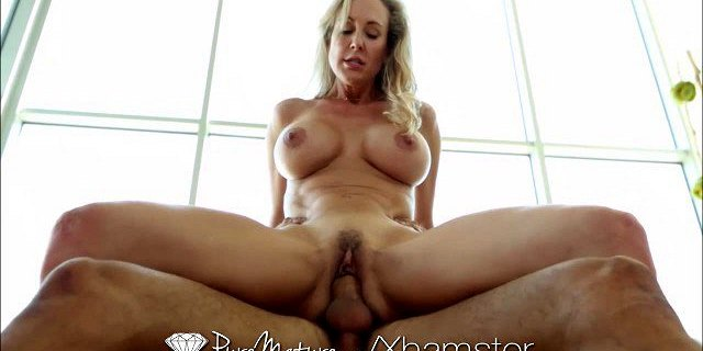 PureMature Sexiest MILF shows how flexible she is
