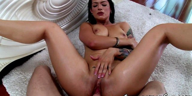 Alluring babe pov fucked after sucking cock