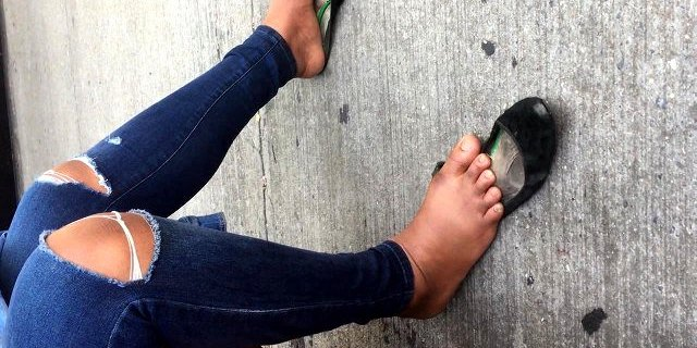 Candid African Dirty shoeplay