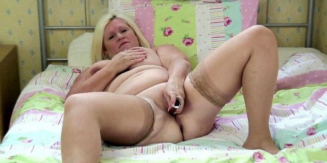 Real granny makes her first porn video