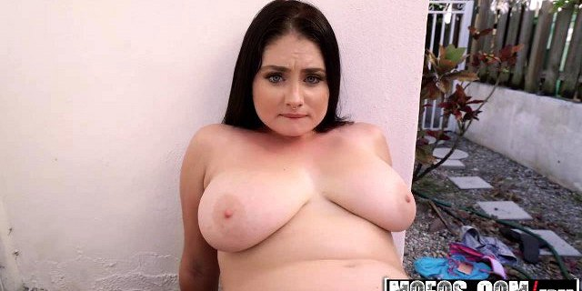 Mofos - Public Pick Ups - Lennox Luxe and Damon Dice - Busty