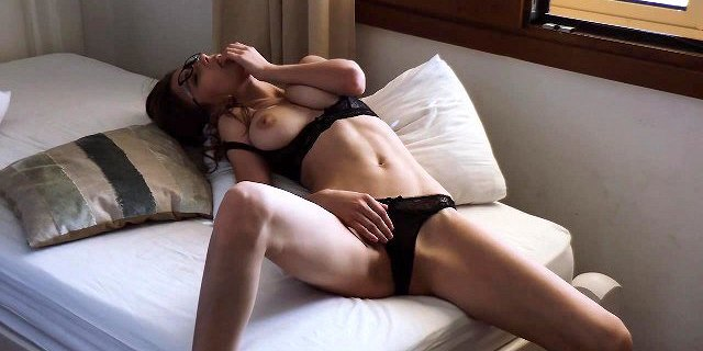 Mila Azul and her backstage video.