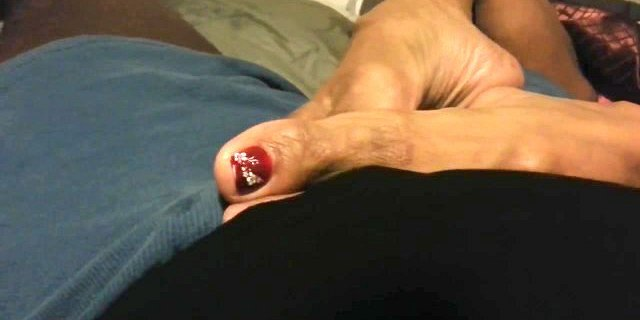 foot teasing by latinas sexy feet 3