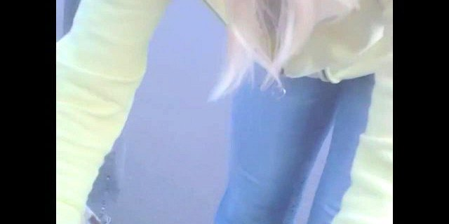 blonde smiles into cam flashing the hot downblouse
