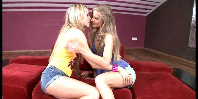 skinny blonde gets her ass eaten out