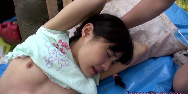 Petite japanese fingerfucked and drilled
