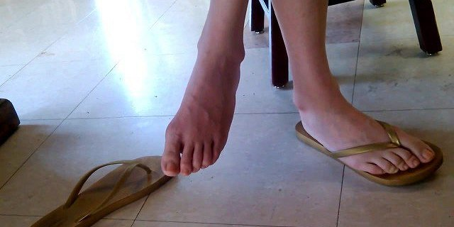 Candid Asian Library Girl Feet and Legs Part 4