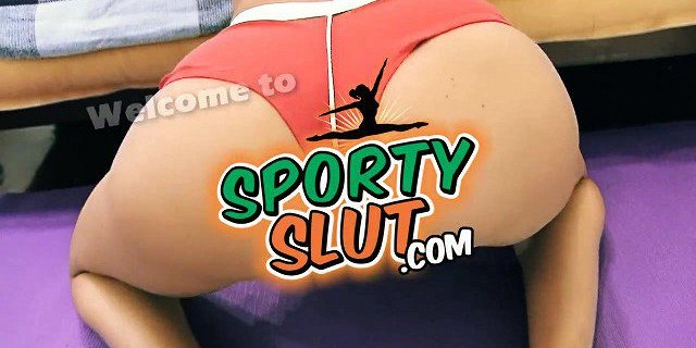 Perfect Ass Brunette Babe Puffy Cameltoe Pussy