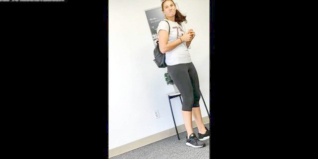 Candid tall athletic babe in leggings