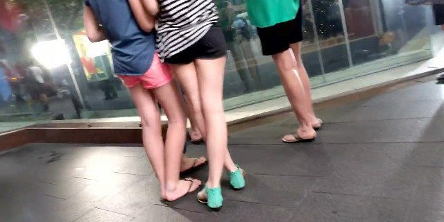 Bare Candid Legs - BCL#182