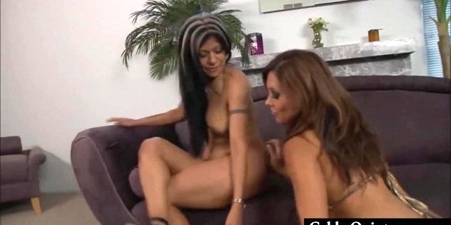 Mexican MILFS Gabby Quinteros and Francesca Love Pussy