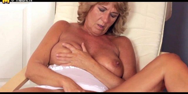 Granny playing with her wet pussy