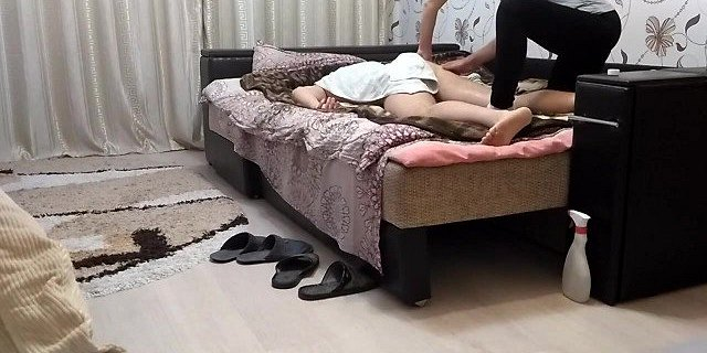 Therapist Gives a Real Massage