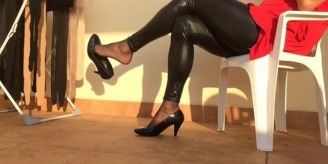 Shoeplay and new leather leggins