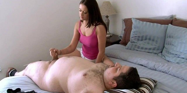 Chubby bloke gets handjob from younger girl