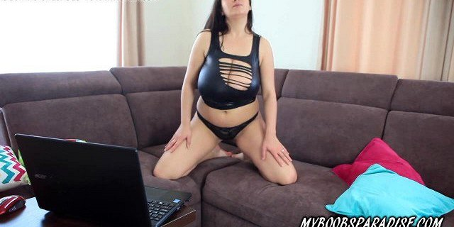 Busty Helen Star masturbate with toy on chat