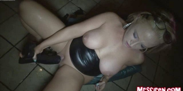 Couples Room Toy Show