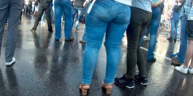 Massive ass in tight jeans