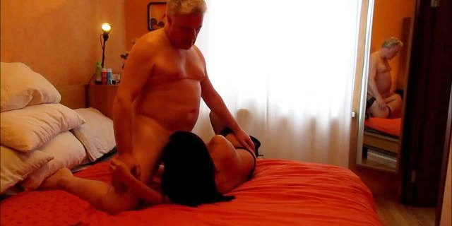 Asian MILF and Bull Stud Stuart Wilson Oral Special