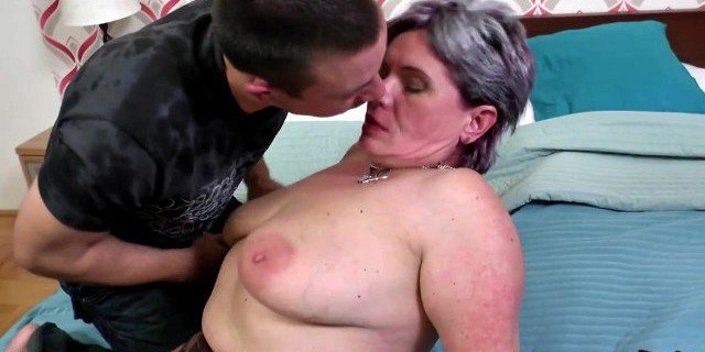Granny suck and fuck lucky young stud