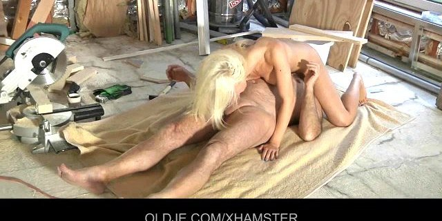 Old man is fucking his young blonde assistant
