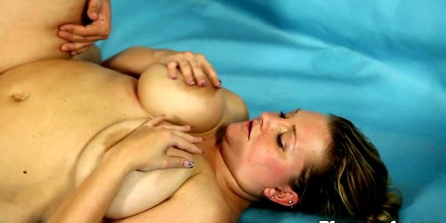 Thick amateur pussyfucked after wrestling