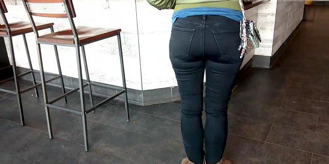 PaDDy CaKes BuBBLe BuTT in BLaCK JeaNs
