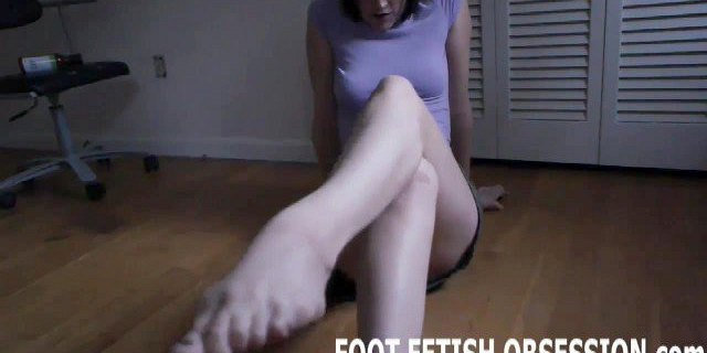 Blow a hot load all over my soft little feet