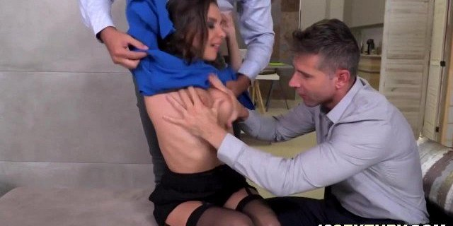 Henessy double penetrated by hung guys