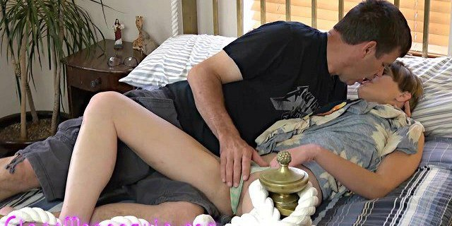 Skinny MILF Cums Hard From BWC Pounding Her Sloppy Wet Cunt