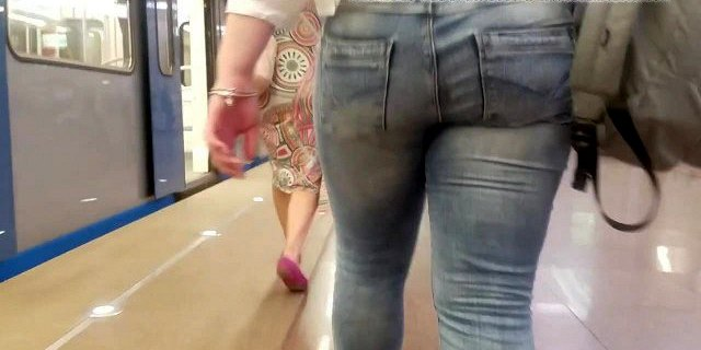 sexy russian blondes ass in metro